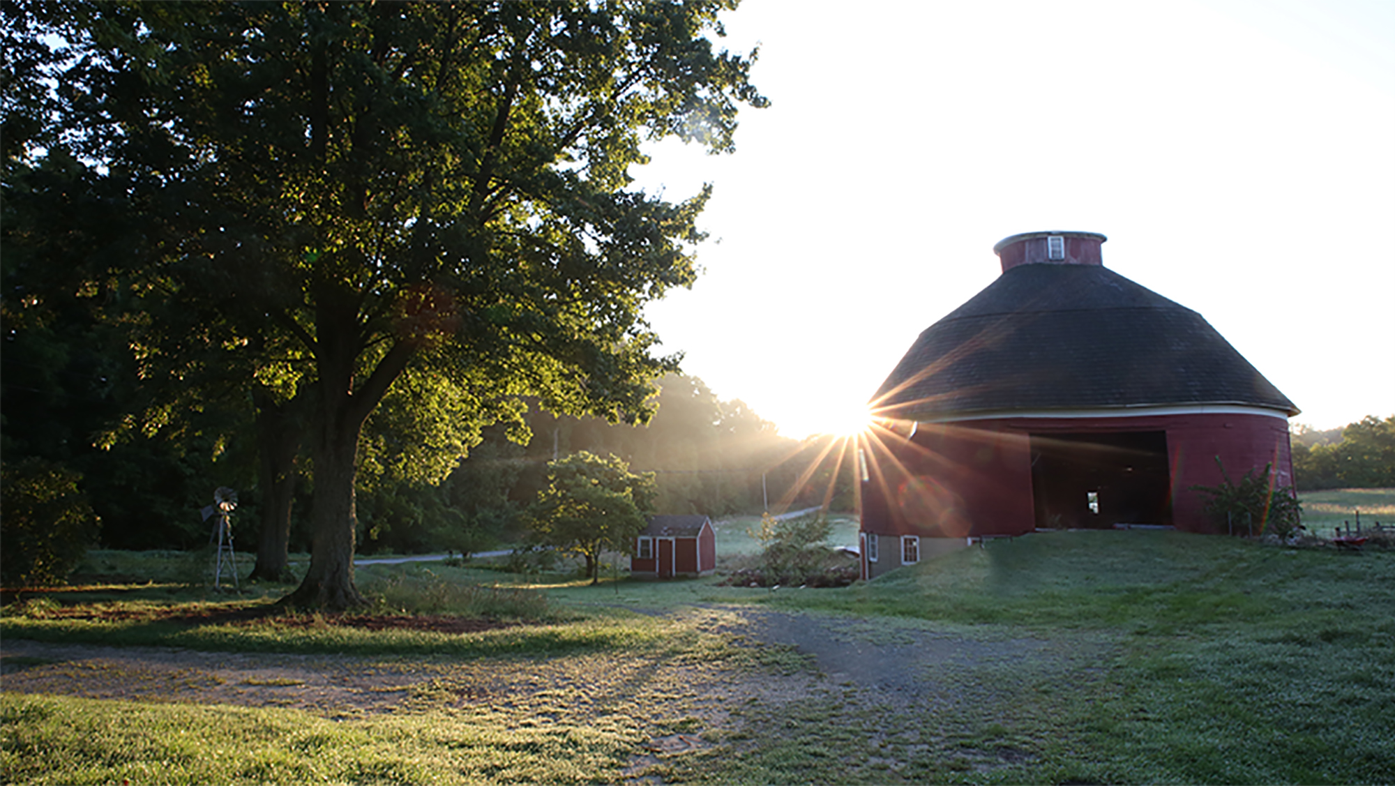 This image has an empty alt attribute; its file name is early-morn-barn-2.jpg